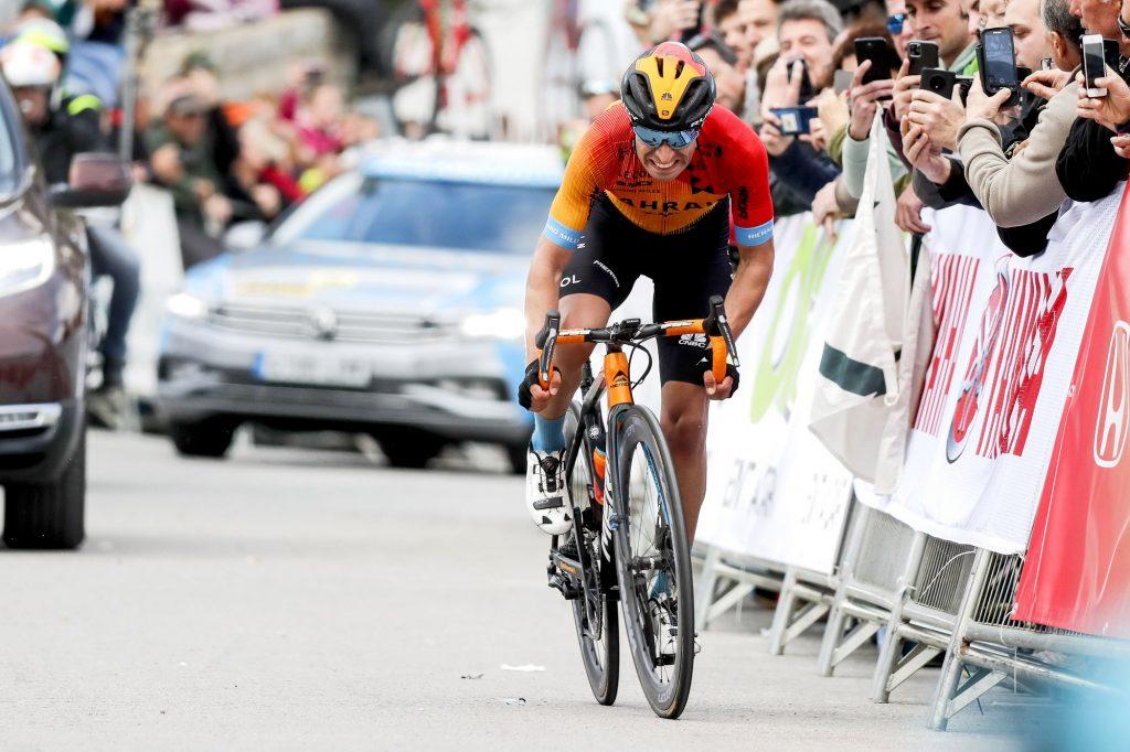 Mikel Landa en una de las rampas duras de este Tour de France 2020