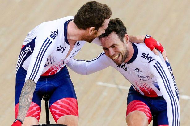 Wiggins y Cavendish celebrando un victoria en pista