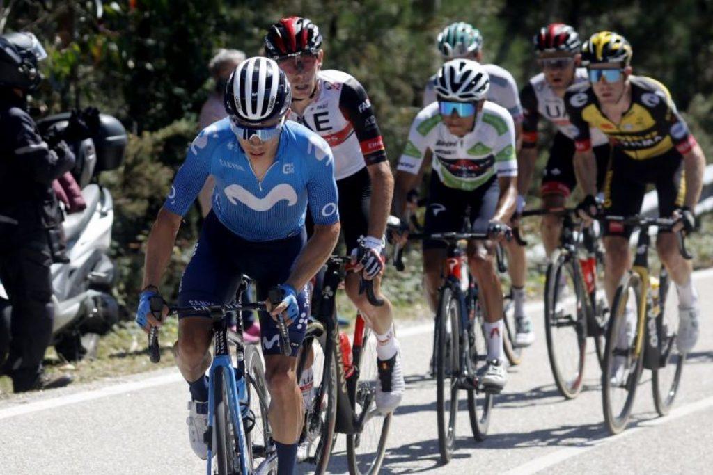 López superado por la situación de carrera y puso pie a tierra en La Vuelta