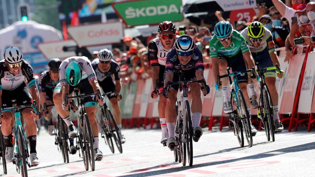 fichajes uci world tour 1024x576 - Fichajes del UCI World Tour: movimientos confirmados y recientes
