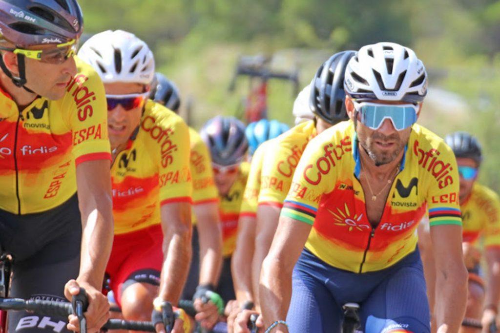 Alejandro Valverde escenifica la falta de relevo en el ciclismo español.